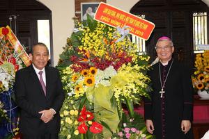 Phó Thủ tướng Trương Hòa Bình chúc mừng Giáng sinh tại Đà Nẵng