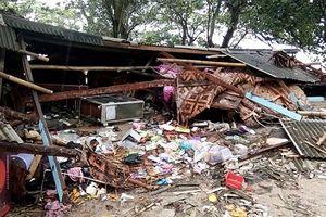 Sóng thần tấn công Indonesia, ít nhất 62 người thiệt mạng