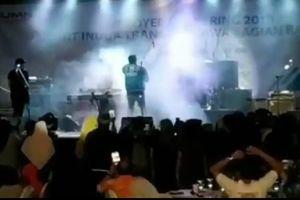 Ban nhạc Indonesia mất tích khi đang biểu diễn vì sóng thần