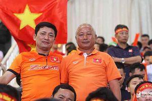 Nguyễn Trọng Hoàng: 'Tôi đã phải thuyết phục bố rất nhiều mới được chơi bóng'