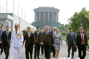 Hình ảnh đầu tiên trong chuyến thăm Việt Nam của Chủ tịch Duma Nga
