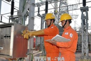 EVN HANOI đảm bảo điện cho Lễ Giáng sinh và Tết Dương lịch
