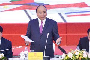Thủ tướng mong muốn tinh thần chiến thắng của Đội tuyển Quốc gia Việt Nam sẽ được lan tỏa trong Ủy ban Quốc gia ASEAN 2020
