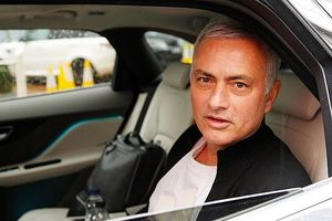 Rooney tiết lộ sự thật khiến M.U sa thải Mourinho
