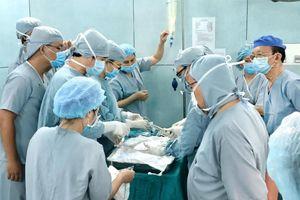 Ca ghép thận xuyên Việt lần đầu tiên ở trẻ em từ người hiến chết não