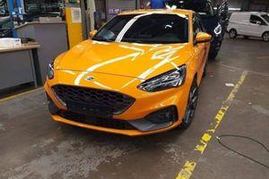 Những thông tin mới nhất về mẫu Ford Focus ST 2019