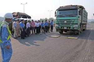 Lào Cai: Thành lập đoàn kiểm tra xe quá tải, quá khổ