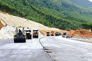 Thông xe, miễn phí lưu thông hầm Cù Mông dịp Tết