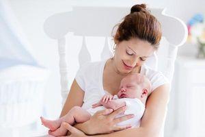 Mẹo phục hồi sau sinh cho các mẹ sinh mổ ở 'cữ'