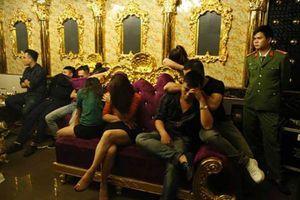 Nữ giáo viên tham gia 'tiệc ma túy' ở Hà Tĩnh bị tạm đình chỉ