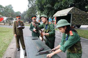 Học sinh Hà Nội được bắn đạn thật tại Hội thao Giáo dục Quốc phòng an ninh
