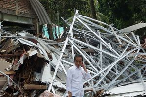 Indonesia trước nguy cơ hứng thêm sóng thần