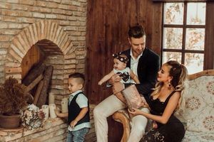 DJ Myno khoe khoảnh khắc cùng gia đình đón Noel tại Hà Lan