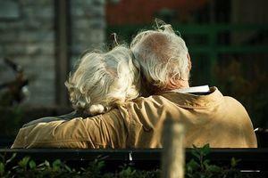 Bước qua tuổi 50, có 4 việc chỉ cần chú ý và 2 chữ nên nhớ là có an nhàn