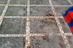 Nghệ An: Bị gạch rơi trúng đầu, bé trai 3 tuổi tử vong dưới sân chung cư
