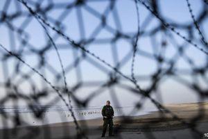 Bé trai chết trong nhà tạm giam biên giới Mỹ vào Giáng sinh