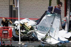 Máy bay nhỏ rơi trúng sân nhà dân, một người thiệt mạng