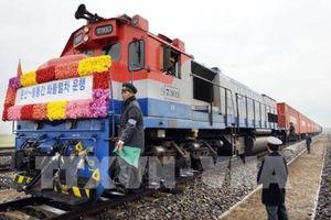 Hàn Quốc và Triều Tiên động thổ dự án kết nối đường sắt, đường bộ