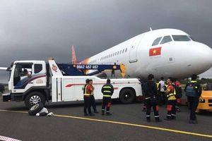 Máy bay Vietjet lại gặp sự cố, hãng hàng không vẫn im tiếng?