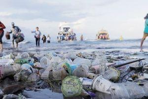 Đảo du lịch Bali của Indonesia cấm nhựa sử dụng một lần