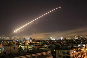 Syria đánh chặn tên lửa bay qua thủ đô Damascus