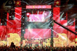 HLV Park Hang-seo và học trò 'cháy' cùng sự kiện Tự hào Việt Nam