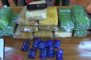 Bắt đối tượng người Lào vận chuyển 50.000 viên ma túy tổng hợp về Việt Nam