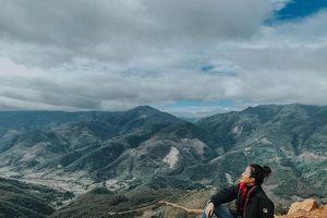 Đứng ngồi không yên trước thung lũng hoa đẹp tựa cổ tích trên đỉnh đèo Pha Đin của vùng Tây Bắc lừng danh