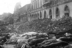 Ngày này năm xưa: Động đất, sóng thần hủy diệt kinh hoàng