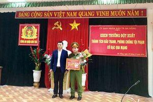 Đà Nẵng 'thưởng nóng' lực lượng phá án vụ đánh bạc qua mạng do người Trung Quốc cầm đầu