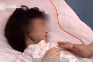 Con gái cảm sốt nhiều ngày, mẹ đưa đến bệnh viện thì phát hiện trong phổi có 600ml mủ