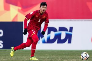 Đoàn Văn Hậu được báo Hàn Quốc ca tụng như huyền thoại 'Paolo Maldini của bóng đá Đông Nam Á'