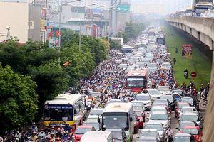 Hà Nội tiếp tục xén vỉa hè mở rộng nhiều tuyến đường