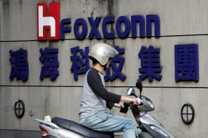 Foxconn 'bắt tay' với Apple sản xuất iPhone ở Ấn Độ