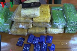 Tóm gọn đối tượng đang 'cõng' 50.000 viên ma túy và 6kg ma túy đá