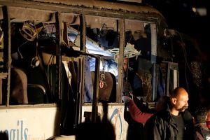Xe buýt chở du khách Việt bị đánh bom tại Ai Cập, 3 người chết, 9 người bị thương