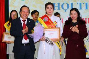 Gần 100 bác sĩ Bệnh viện Phổi Trung ương tham gia Hội thi bác sĩ giỏi