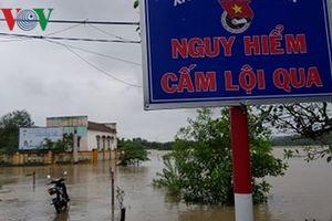 Mưa lớn gây ngập nhiều khu dân cư tại Phú Yên
