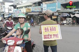 Ngày đại lễ 25/11 thú vị, dư dả tình người ở An Giang: Người lạ đi ngang được cả làng mời ăn nghỉ miễn phí