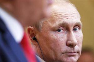 Nga càng ngày càng giống như một pháo đài bị vây hãm