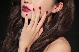 Gợi ý những mẫu nail đỏ đón năm mới rực rỡ, may mắn