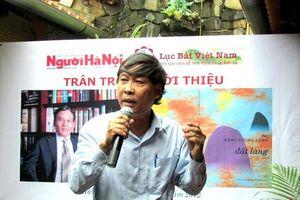 Nhà thơ Nguyễn Việt Chiến với những vần thơ về biển, đảo