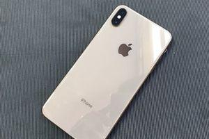 Những mẫu smartphone cao cấp đáng mua cuối năm 2018