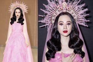 Angela Phương Trinh mặc nổi nhất tuần; Diễm My 9x diện trang phục già nua