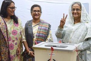 Thủ tướng Bangladesh thắng áp đảo trong cuộc tổng tuyển cử