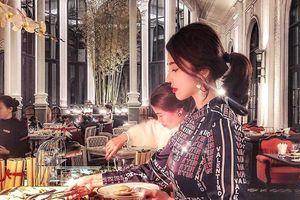 Rich kid Việt đón năm mới: Thuê 3 căn ở resort, mở tiệc hoành tráng