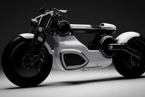 Hai mẫu xe máy điện 'cực chất' được đặt tên theo các vị thần Hy Lạp