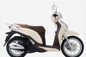 XE HOT QUA ẢNH (2/1): Honda SH Mode 2019 về đại lý, Harley-Davidson giảm giá 132,6 triệu tại VN