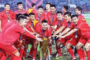 Mổ xẻ chu kỳ 10 năm bóng đá Việt đăng quang AFF Cup