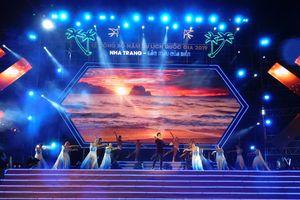 Lễ công bố Năm Du lịch quốc gia 2019 với chủ đề 'Nha Trang - Sắc màu của Biển'
